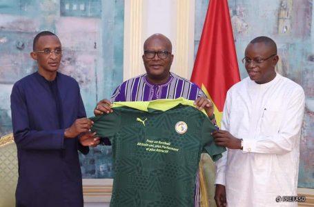 Présidence de la CAF : le Sénégal sollicite le soutien du Burkina