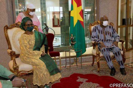 Coopération : le nouvel ambassadeur de la République fédérale du Nigéria présente ses lettres de créance au président du Faso
