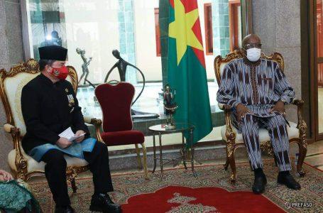 Burkina-Indonésie : le nouvel ambassadeur présente ses lettres de créance au président du Faso