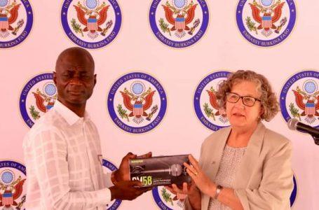 L'ambassade des Etats Unis fait un don de matériels au FESPACO